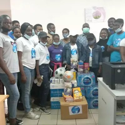 THE GYLF PRESENTS GIFTS TO THE FEDERAL MINISTRY OF YOUTH AND SPORTS IN ABUJA, NIGERIA